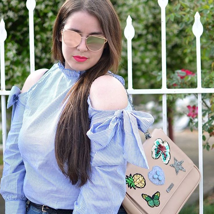 In patches we trust!  Find #MIGATO Y245 shoulder bag here ► bit.ly/Y245-L10en Photo via Stylebows