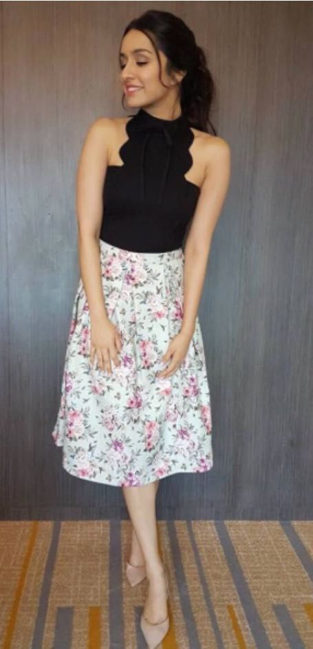 Help me find a similar outfit like Shradha Kapoor is wearing for Half Girlfriend promotions