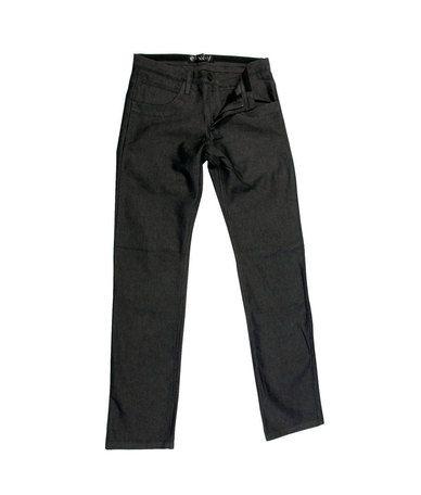 Ελαφρύ υφασμάτινο παντελόνι από 100% βαμβάκι υψηλής ποιότητας πολύ άνετο. Για άνδρες με κλασικό γούστο που όμως θέλουν να δίνουν μια ιδιαίτερη λεπτομέρεια στο ντύσιμο τους. Το απόλυτα βασικό κομμάτι της ανδρικής γκαρνταρόμπας για την Άνο...