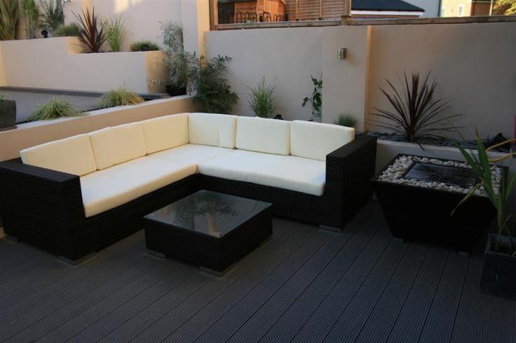Black Contemporary Seating Area