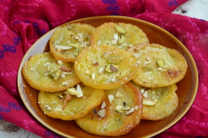 Malpua has been traditionally served in the state of #Rajasthan as a sweet delicacy. Here is how you too can make it easily - http://www.mapsofindia.com/my-india/food/malpua