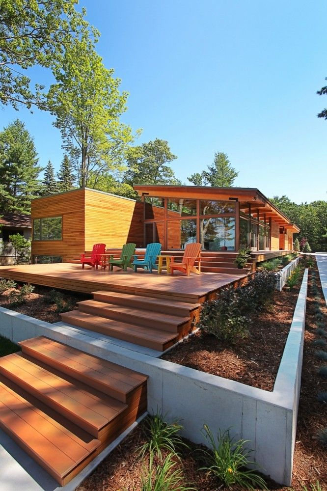 Deck and landscaping. Higgins Lake House, by Jeff Jordan Architects. Roscommon, Michigan. #deck #landscaping