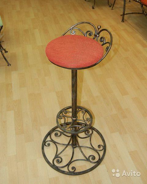 кованые стулья для барной стойки