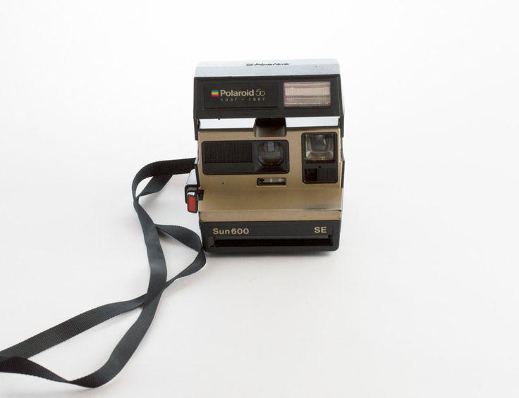 Polaroid OneStep Flash Working Tested Vintage Polaroid 600 Land Camera Polaroid Instagram Selfie Photo Frame Gift Ideas Holiday Party Camera