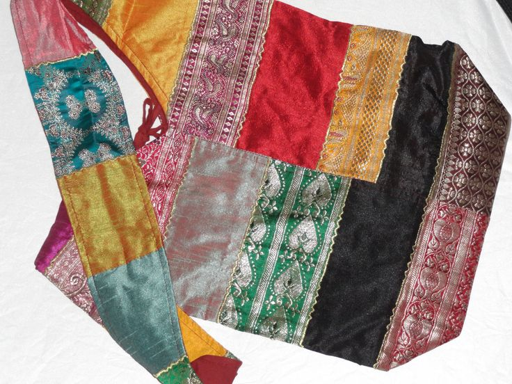Ethnic bollywood tote bag. Arty Urban Tote. Indian Applique Patchwork – Artikrti