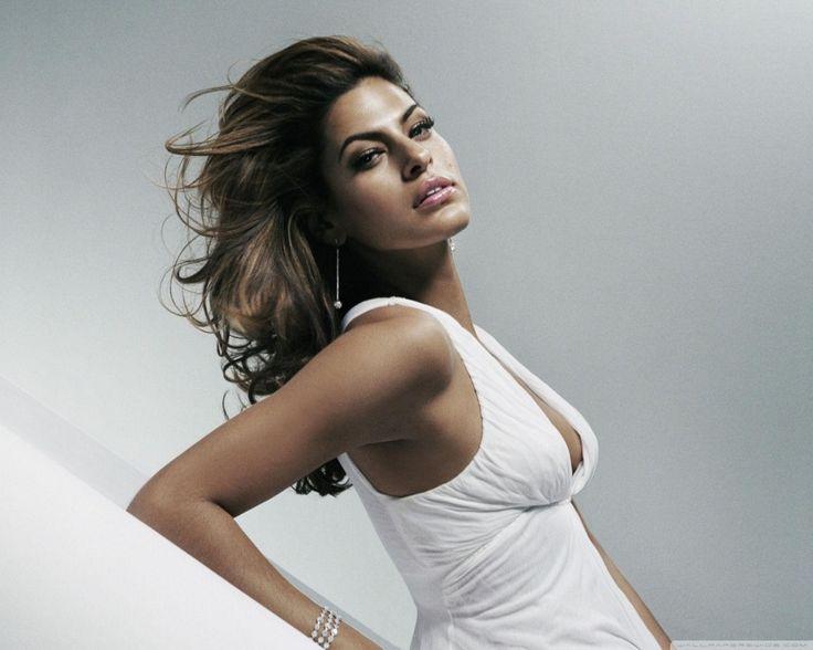Eva Mendes White Dress