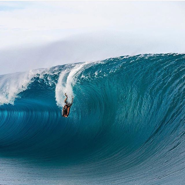 Best Ocean Images On Pinterest Snowboards Big Wave Surfing - Incredible photographs of crashing ocean waves by ben thouard