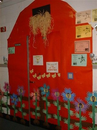 Creating a barn out of your classroom door is a creative idea for a classroom door display.  I like how the teacher used hay and flowers with students' photos inside as part of her decorations.