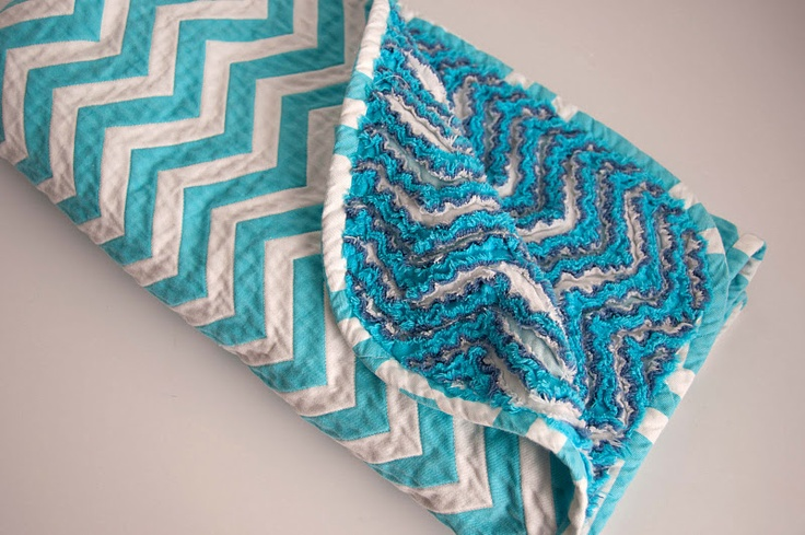 Chevron Chenille Blanket Tutorial - lots of color fabric choices in this design at Fabric.com