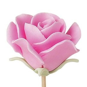 Full Bloom Fondant Rose - This may be your proudest moment with fondant! When you can handshape a rose this realistic using simple cut-out shapes, you'll know fondant is the easiest icing for decorating a cake.