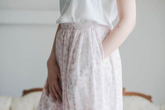 Floral Print Long Skirt with Pockets for Bridesmaids (scheduled via http://www.tailwindapp.com?utm_source=pinterest&utm_medium=twpin&utm_content=post159220385&utm_campaign=scheduler_attribution)