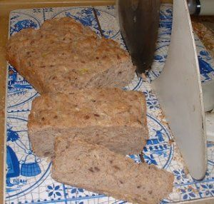 Gluténmentes cukkini kenyér lassú felszívódású szénhidrátokkal