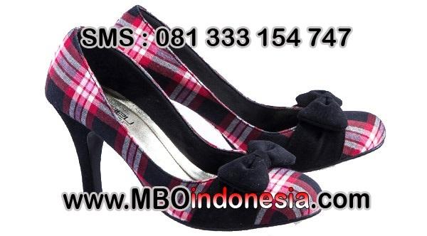 Pusat Sepatu Formal Wanita -