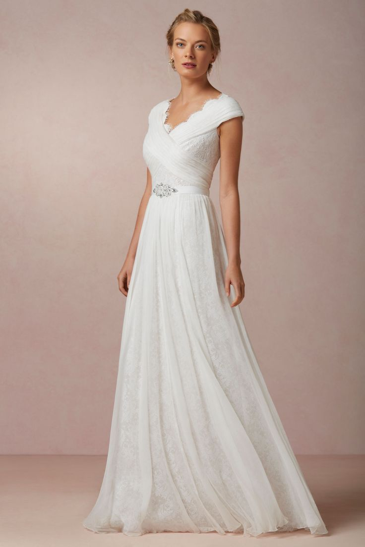 Lace Wedding Dresses Under 500 Dollars : Wedding dresses under v neck dress lace bridal gowns