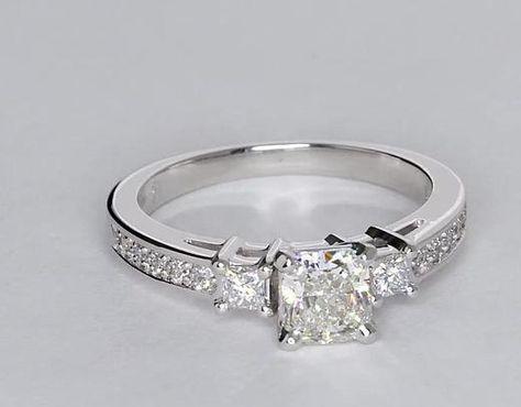 Trio Princess Cut Pav Anillo de compromiso de diamantes in oro ...