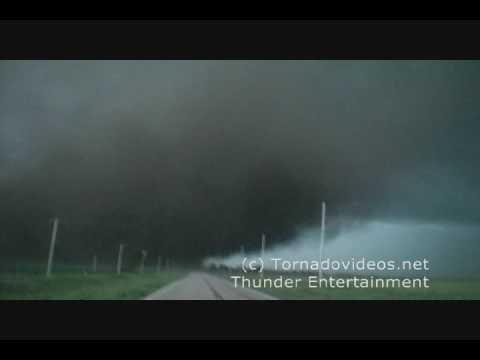 INCREDIBLE wedge tornado video from Nebraska 2009.