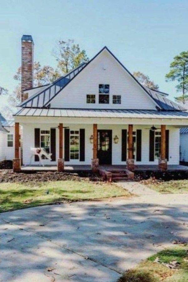 48 Awesome Farmhouse Home Exterior Design Ideas In 2020 Modern Farmhouse Exterior Exterior Design House Exterior