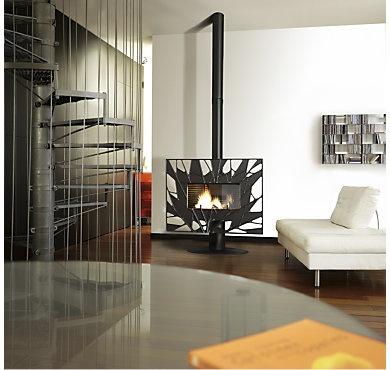 Ce poêle à bois est autant fonctionnel qu'esthétique! La nature alliée au modernisme s'invite chez vous.