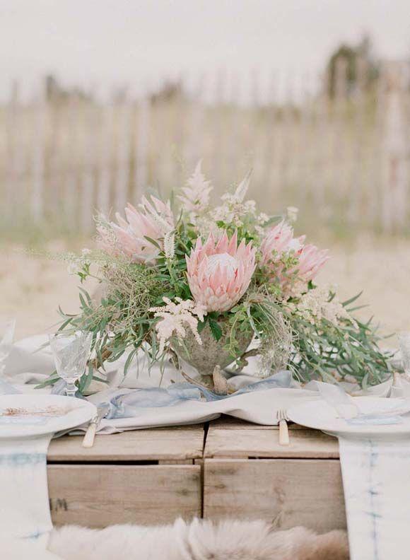 Rustic Beach Nomad Bridal Inspiration   Wedding Sparrow   Rebecca Lindon Photography