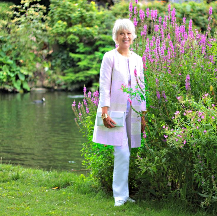 French style inspiration. Fashion and style advice for women over 50. How to continue to look chic and elegant at any age.