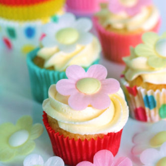 Cupcakes, just love cupcakes!