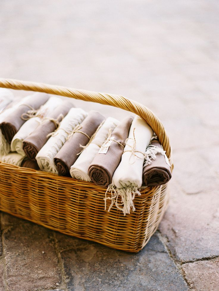 Blankets to keep guests cozy Photography by Leo Patrone Photography / leopatronephotography.com