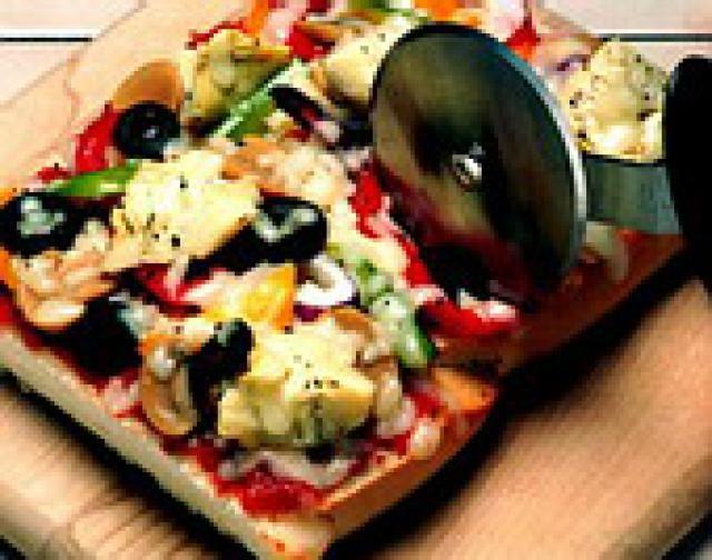 French Bread Vegetarian Pizza Recipe: Vegetarian French Bread Pizza with Vegetables