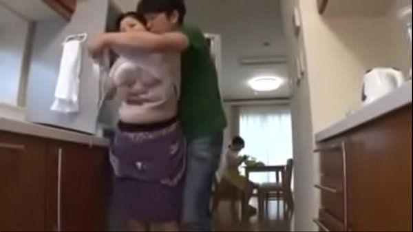 Chinese Chinese Mom Mom Son Chinese Son Son Mom Chinese Mom
