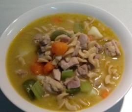 Recipe Chicken and vegetable hearty soup by Sooksook - Recipe of category Soups