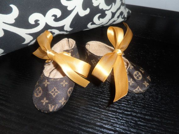 Find great deals on eBay for Louis Vuitton Baby in Women's Clothing, Handbags and Purses. Shop with confidence. Find great deals on eBay for Louis Vuitton Baby in Women's Clothing, Handbags and Purses. Louis Vuitton Girls Sneakers. LV Monogram. Pink Color. Insole lenght - 19 cm. Auth LOUIS VUITTON Baby M Black Beige Collection Line.