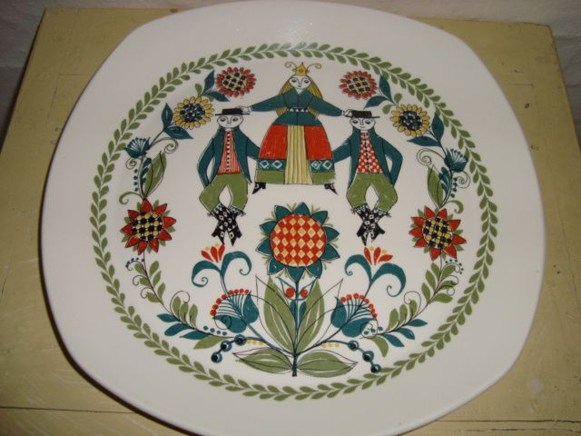 "FIGGJO FLINT  ""Saga"" 1960-70'erne - TURID GRAMSTAD OLIVER. . #Figgjo #Flint #Saga #Turid #Gramstad #Oliver #porcelain #dinnerware. From www.TRENDYenser.com."