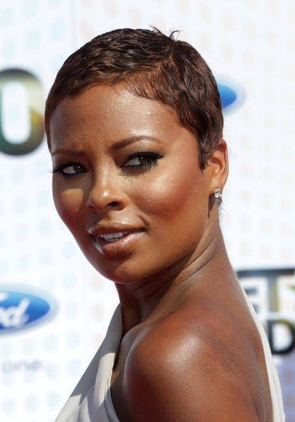 Eve Short Hairstyles | Eva Pigford arrives at the 2010 BET Awards.