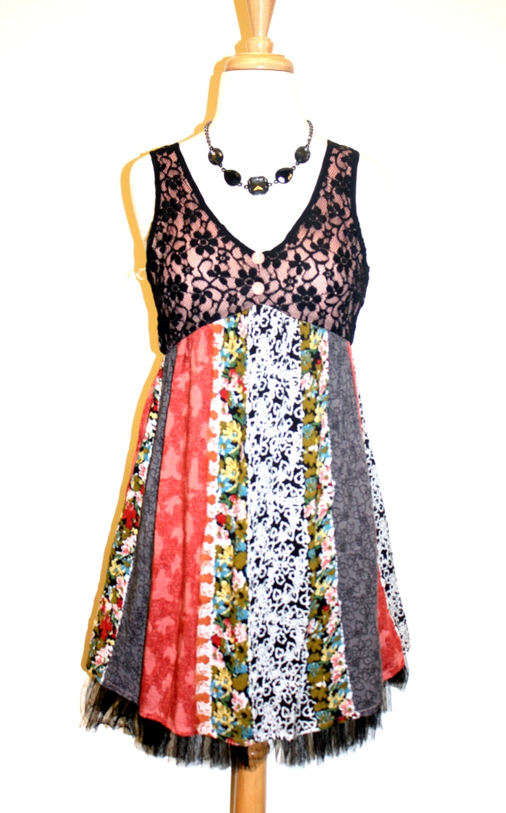 A great #summerdress and a simple black stone necklace.