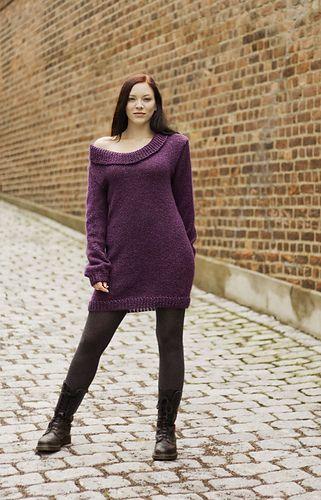 Night Flower knitted dress. Pattern available in English. // Nattfiol strikket kjole. Oppskrift finnes på norsk på stellacharming.no.