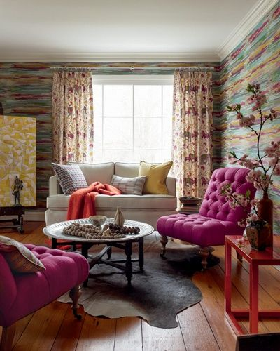 Artsy Living Room: Eclectic Living Room