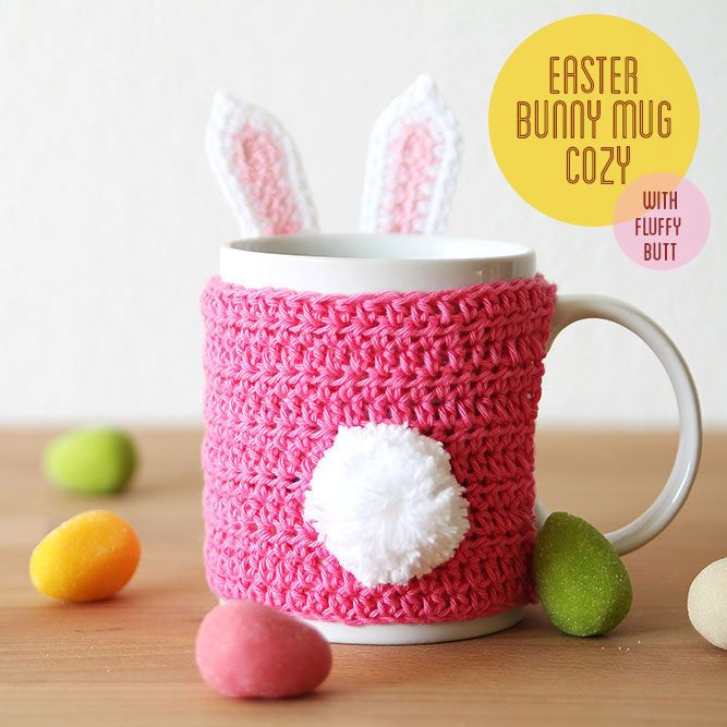 Free crochet pattern: Easter bunny mug cozy. In English or Dutch by Kirsten from Haak maar Raak!