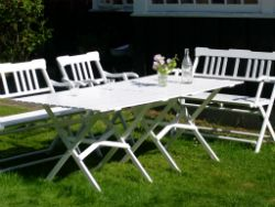Vallø Lamel Bord 90 cm #skovshovedmøbelfabrik #havemøbler #kvalitet #forår #sommer #sol #haven