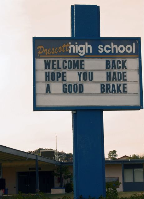 The Most Embarrassing Spelling Mistakes On Education-Related Signs | Apology | Someecards