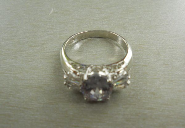 Recognize this ring? If you can prove this item belongs to you, please contact EPSPinterest@edmontonpolice.ca with specific details that identify the item, as well as any form of proof that it belongs to you. Only individuals providing specific information will be contacted.