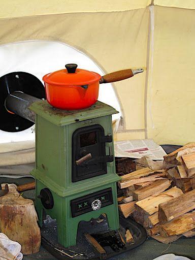 TINY STOVE: The Pipsqueak | Tiny Wood Stove