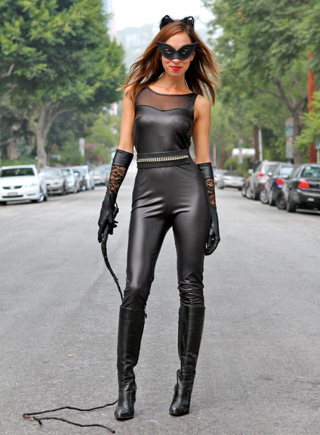 This Catwoman costume is super sassy.