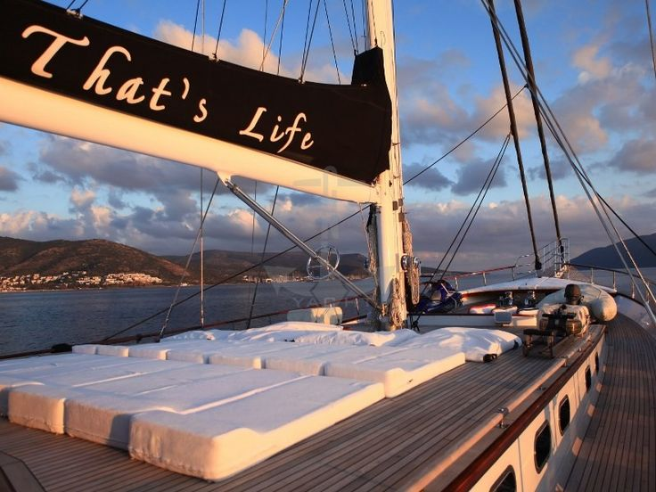 THAT'S LIFE | CNL Yacht