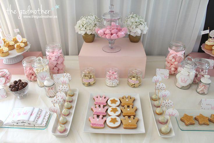 Decoracion de mesas dulces elegantes buscar con google for Decoracion mesas dulces