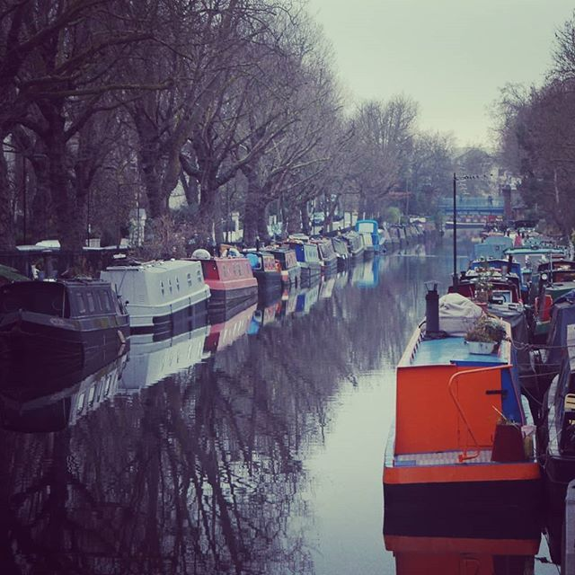 Reflections over the Canal! #reflection #canal #littlevenice #boat #boatlife #narrowboat #london #lovelondon #visitlondon #secretlondon