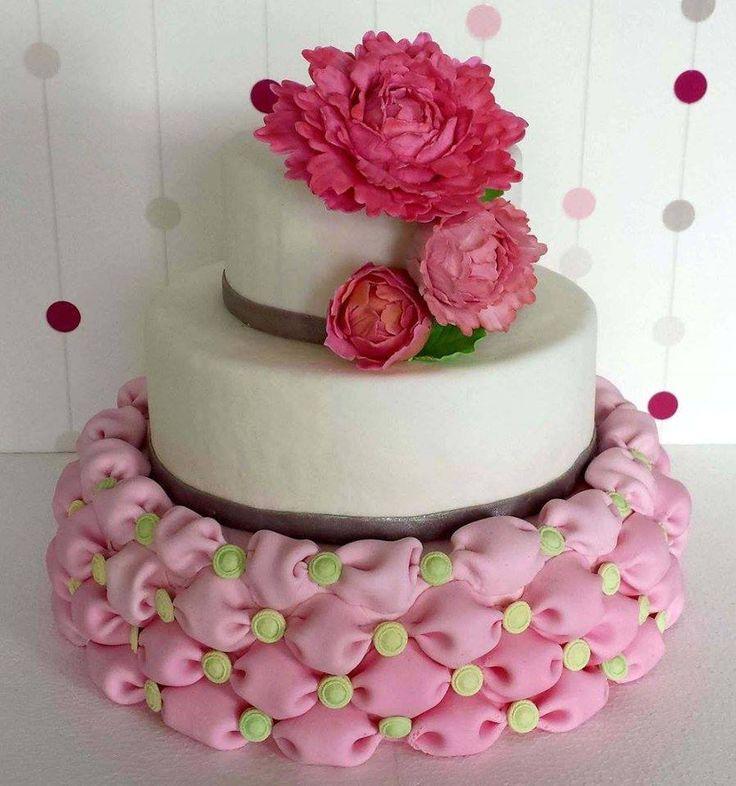Tort weselny poduszki/ Billowed wedding cake
