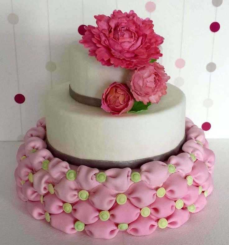 Tort weselny poduszki/ Billowed wedding cake