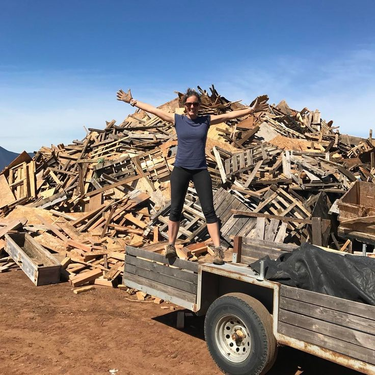 Remember kids use up your scrap wood first before cutting into a new piece of lumber! #880lbs #scrap #recycle... #tinyhouse #tinylife #tinylifejourney #tinyhousejourney #tinyliving #diy #tinyhouses #tinyhousebuild #tinyhomebuilders #smallspace #tinyhome #tinyhousemovement #tinyhouseonwheels #thow #framing #tinyhousemovement