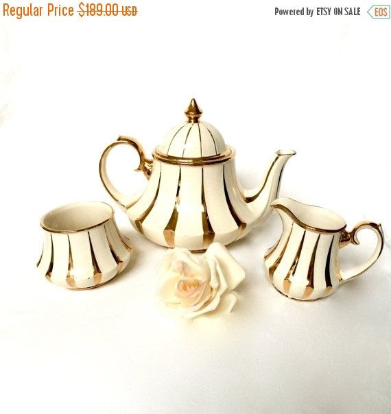 ON SALE Bell Sadler Teapot Set / Sadler Cream by EllasAtticVintage