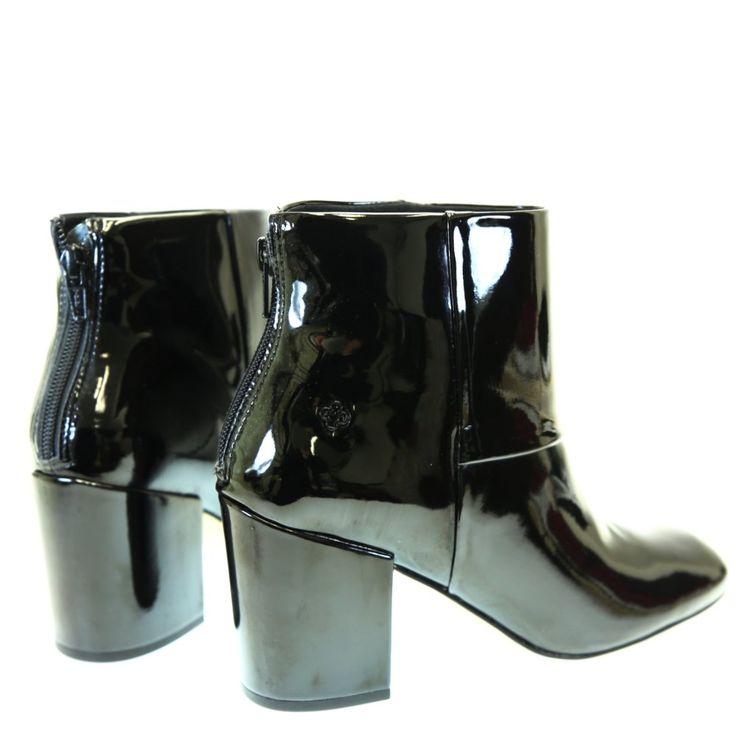 Bota Cano Curto Verniz Preta 4011775 Capodarte | Moselle calçados finos femininos! Moselle sua boutique online.