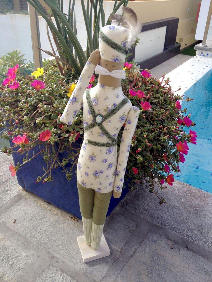 Soldadito en tela. Fabric doll soldier Tilda® by Tone Finnanger Soldado del Cascanueses Patchwork
